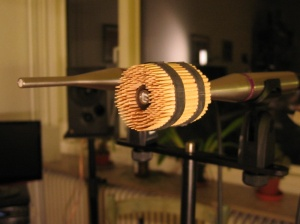 Toothstick horn mounted on microphone